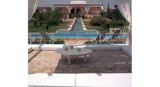 Villas 7500m2 à Korba