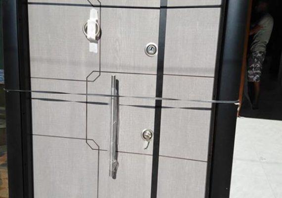 Nouvelle arrivage Porte turk blindée avec tous accessoires