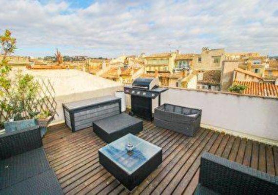 ? En AVANT-PREMIERE sur facebook et en Exclusivité, AIXTY a le plaisir de vous présenter à la vente ce loft avec toit terrasse ! ⚡️⚡️⚡️