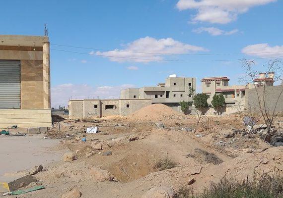 هيكل للبيع بالقرب من مدرسة العلوم الاساسية .. مسقوف الهيكل 200 م .. مساحة الارض 420 متر .. يبعد عن طريق النخيل 100 م تقريبا ..
