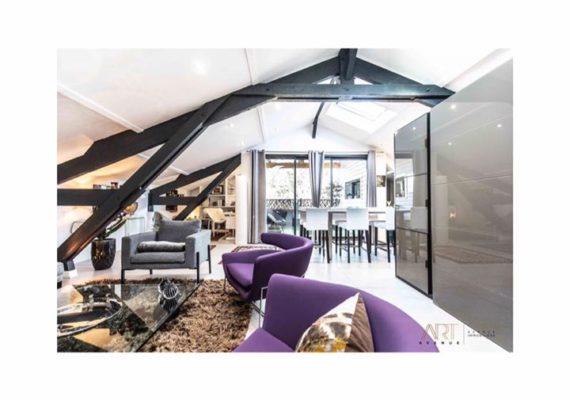 Art Avenue vous présente la pépite de la semaine??? Nous vous proposons cet appartement au Bouscat plein de charme.??? Sa terrasse vous accueillera pour des apéros party quel que soit la saison ???qu'en pensez vous???