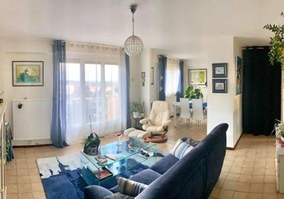 carcassonne proche centre ville, T4 bis 83 m² avec balcon, parking et cave.