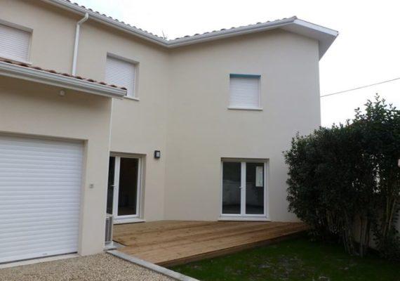 Location : 1 164 € CC