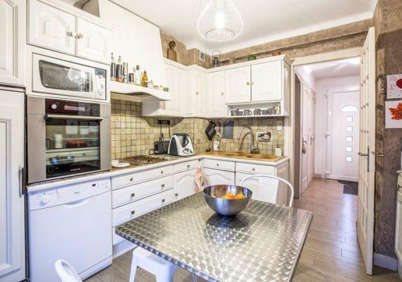 Exclusivité, maison individuelle sur terrain arboré de 1100m² sur la commune de Marnaz.