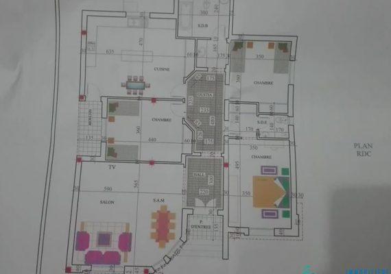مساحة الأرض : 340 م²