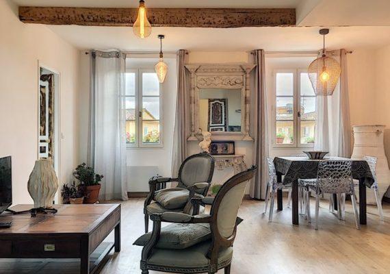 A vendre superbe appartement bourgeois à GRASSE, centre-ville,
