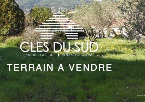 Terrain A Vendre Toulon Le Revest 1100 m² libre constructeur, viabilisé pour maison 100 m² Prix 159 000 € www.clesdusud.fr