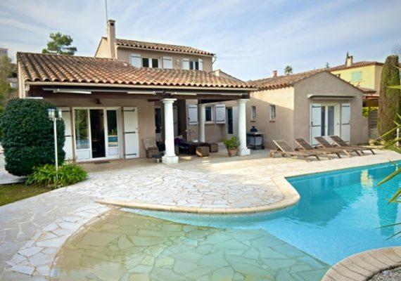 Pour plus plus d'informations sur cette belle maison ➡️ Florian Sadoun
