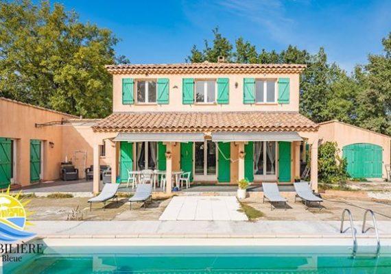 SAINT MAXIMIN – Villa sur grand terrain constructible