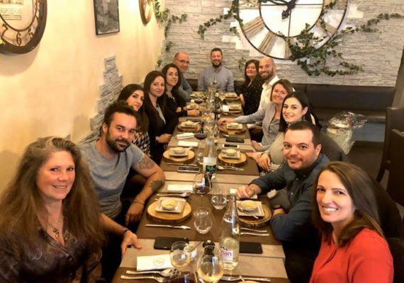 ❇️Après une belle année 2019 et l'ouverture de notre 3ème agence à Villeneuve-Loubet, toutes les équipes API réunies autour d'un merveilleux repas préparé par le chef Aurélien NOURRY! ?