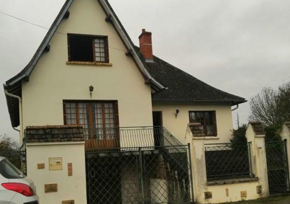 Maison T6 à Chevagnes, 20 Km de Moulins.