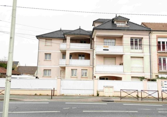 F2 PARAY 39m², 2 parkings, 1 cave, Ref.: 503, prix 175 000 euros Honoraire Agence Charge Vendeurs