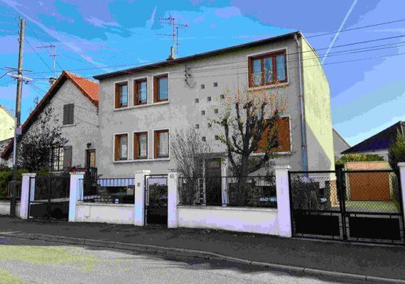 2 APPARTEMENTS ! dans une Maison 75m² chacun sur un terrain de 385m², PRIX 466000 Euros Honoraire Charge Vendeurs ref:498