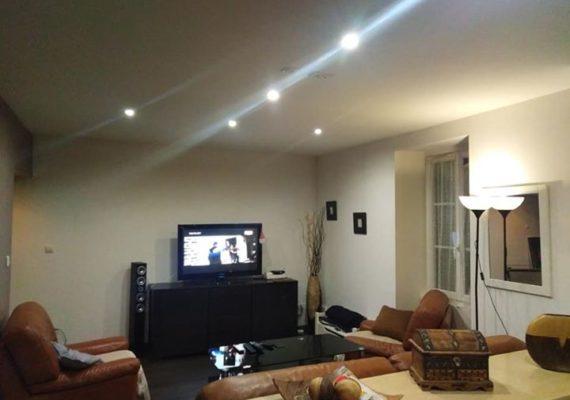 Roanne, appartement duplex refait récemment d'environ 100 m2, terrasse extérieure idéale pour vos barbecues…