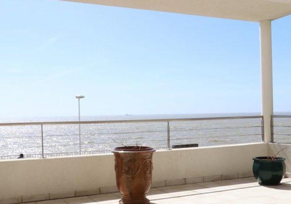 En EXCLUSIVITÉ : EXCEPTIONNELLE VILLA CONTEMPORAINE de 191 m2 AVEC VUE PANORAMIQUE SUR L OCÉAN… www.chartreux-immobilier.com #immobilierroyan # prestige #vuemer #immobilierparis