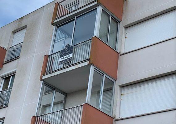 CVendu !!! Appartement à 300 mètres du Marché Central de Royan. Un grand merci à nos clients vendeurs et acquéreurs pour leur CONFIANCE.