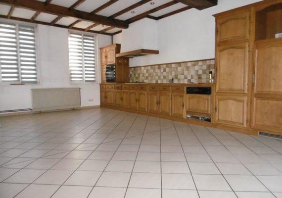 ERA Immobilier vous propose une grande maison à SAINT OMER proche du centre ville et à proximité de la gare.