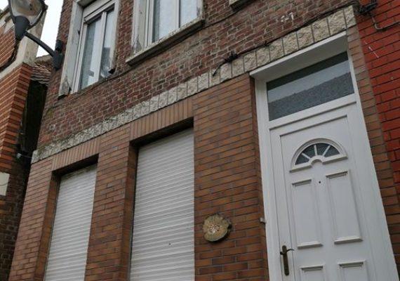 Maison semi-individuelle en coeur de Flandre dans le centre-de ville de STEENVOORDE.