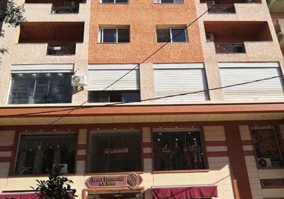 Location bureaux appartements et locaux sur le boulevard principale bouaziz tizi Ouzou,asenceur ,agent de sécurité,caméras de surveillance afin d'assurer votre meilleur sécurité tel 0661851403