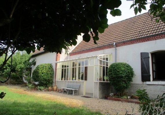 [ ?? EN VENTE ?☘️ ] A 5 minutes de #VillefrancheSurCher, maison ancienne sur terrain clos, avec cuisine, salle à manger, grande chambre, cellier, grenier aménageable. Dépendances : cellier et grange.