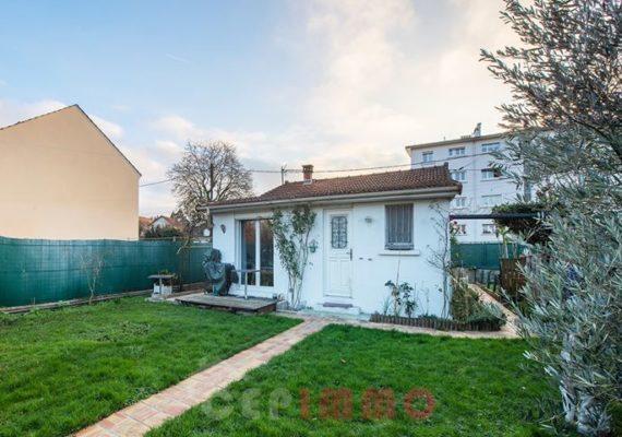 Maison de plain pied de 47m2 sur terrain de 258m2 entièrement rénovée sur le Bois de Gaumont à Villiers-sur-Marne