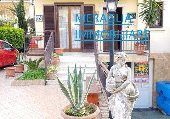 🏡#Villa capofila in vendita a