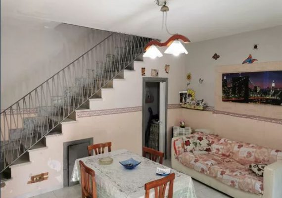 Cerchi tranquillità e indipendenza? Sei stanco del solito condominio? Questo appartamento fa a caso tuo.