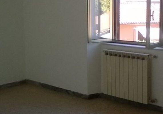 SOGNO CASA PROPONE IN VENDITA Appartamento con ingresso indipendente ubicato al primo piano. € 69.000 !!!!
