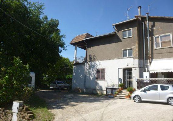 SOGNO CASA PROPONE IN VENDITA Appartamento mq 110 c.ca con terrazzo di circa 30 mq € 73.000 !!!
