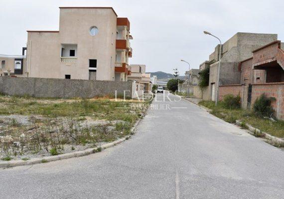 Notre Agence #LEADERS_IMMO vous propose un superbe #Terrain viabilisé situé dans un excellent emplacement en plein #Borj_Cedria.