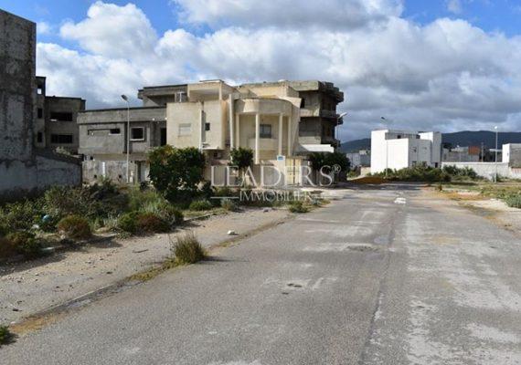 Notre Agence #LEADERS_IMMO vous propose un superbe #Terrain viabilisé en forme de carrée, situé à #AFH_Borj_Cedria à 2 min de la plage.