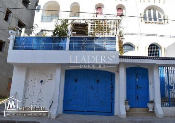 À vendre appartement S+2 de 80 m² occupe le 1er étage avec entrée indépendante situé à Hammamet Nord à 6 min de la plage.🌠❤️