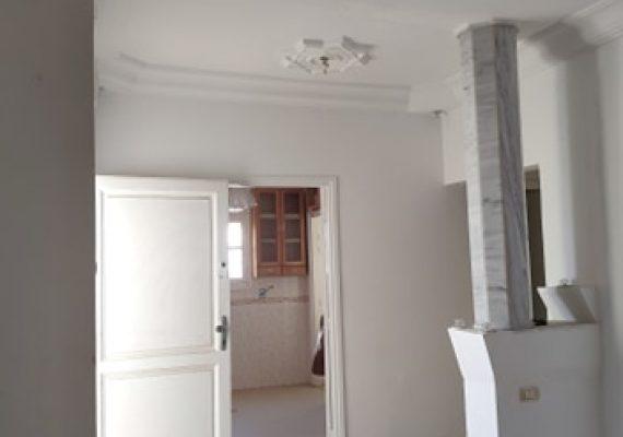 A vendre un appartement s+3 à Borj cedria situé au 1ére étage d'une résidence r+2 bien gardée. l'appartement est bien orienté, dans une quartier très calme et bien sécurisé