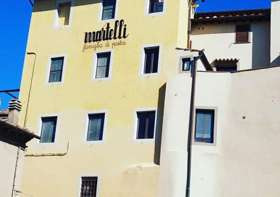 Guten Morgen heute mit lieben Grüßen von den Martelli's aus der Nudelfabrik. Allen geht es bestens und wir hoffen, bald Traumtage in der Toskana wie diese, wieder gemeinsam mit euch genießen zu können. Buona giornata aus Lari