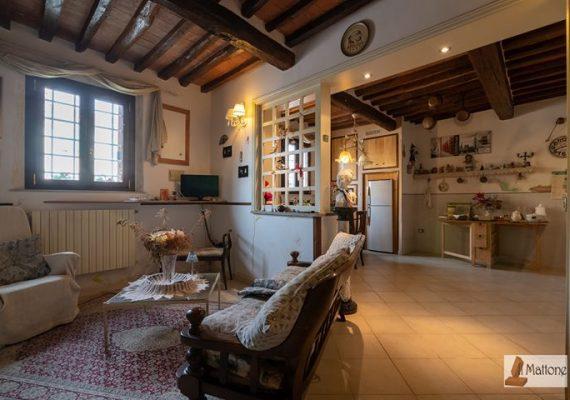 Terratetto ristrutturato di 150 mq a Cascina, San Prospero