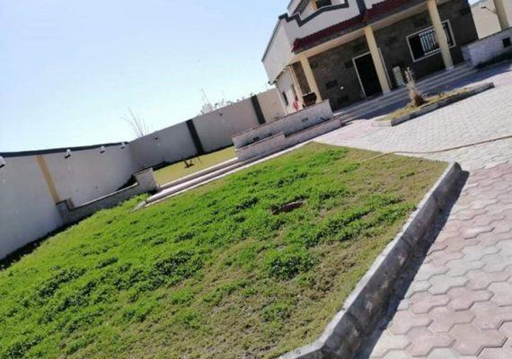 استراحة جاهزة متكاملة دورين مساحة المسقوف 120 م علي موقع أرض 835م