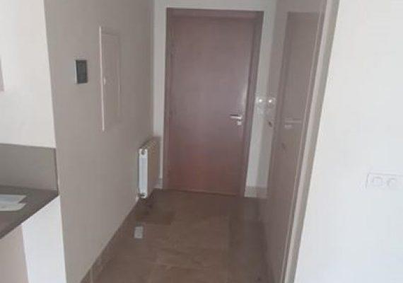 Un appartement S+2 à vendre au LAC 2