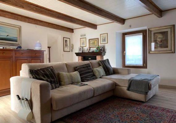 Pallanzeno: casa terratetto ristrutturata in vendita! Due camere da letto e doppi servizi. € 100.000,00 comprensivi dell'arredo 👇🏻👇🏻👇🏻