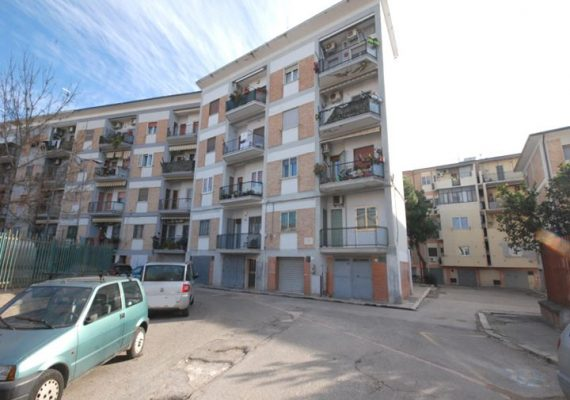 ZONA SAN PIO X – VIA LOIODICE #Appartamento #3Vani #90Mq #Doppiaesposizione #OttimoStato