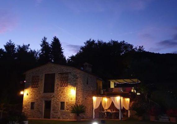Villa Paradiso zwischen Lucca und Florenz bis zu 4 Personen , mit Pool und Garten eingezäunt, Alleinbenutzung ,Hunde willkommen.