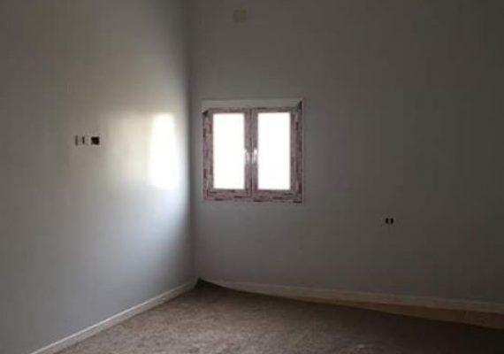منزل في منطقة الرويسات حديث البناء: