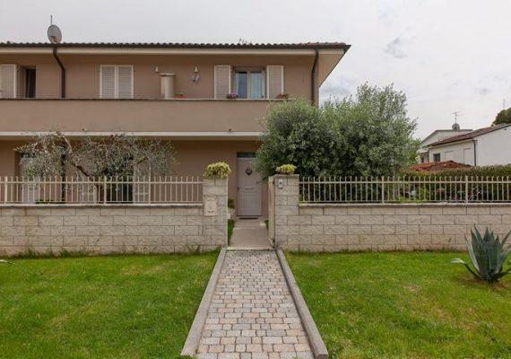 Santa Maria a Monte Fraz. Montecalvoli Via Prov.le Francesca, 542