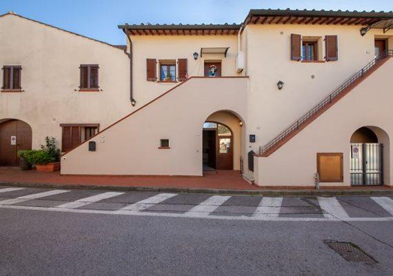 Lavaiano Via Puccini, 24 (3 km. ingresso superstrada Ponsacco)