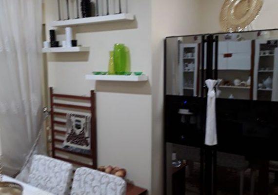 Notre agence » EL YANIS » met en vent un appartement F4 Rez-de-chaussé d'une superficie de 70 m² qui se situe en face terminus Chetouene avec acte et livret foncier .