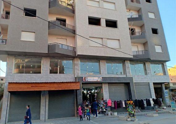 I-Immobiliare Alioua met en vente un appartement de 97 M2 au 4 étage en semi fini avec 1 façade très bien ensoleillé situé au boulevard amyoud en face de l'ACTEL T-O
