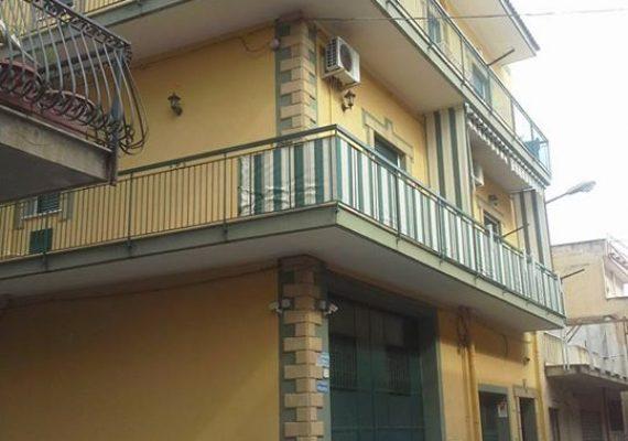 VILLABATE zona Via Giulio Cesare ***AFFITTASI***