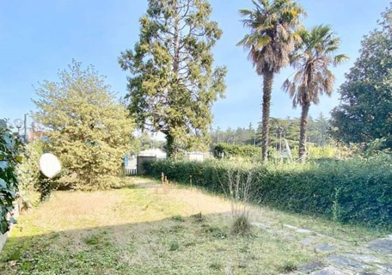 Un immobile con ampi spazi e un giardino in posizione centrale è stato il vostro pensiero ricorrente in questi ultimi mesi????