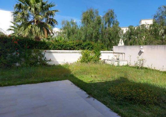 RE/MAX #Good_life vous propose la #location une #villa semi jumelée aux #berges_du_lac 2️⃣ 🇹🇳