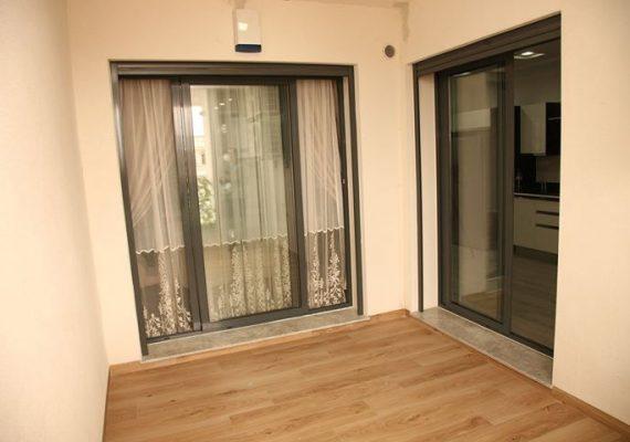 Djabri promotion immobilière vous propose des appartements haut standing dans une résidence sécurisés , clôturés .