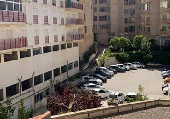 L'agence GALLILOU IMMOBILIER met en Vente un appartement f3 situé à nouvelle ville Constantine UV 05 promoteur ziani 2 étages 100 m² acte final